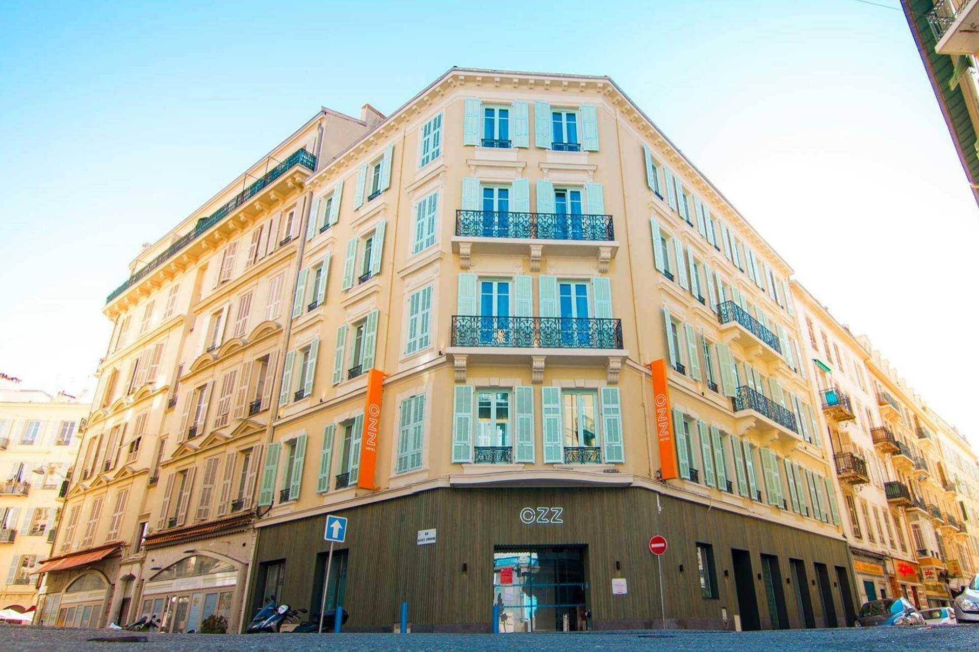 facade_hostel_ozz.jpg