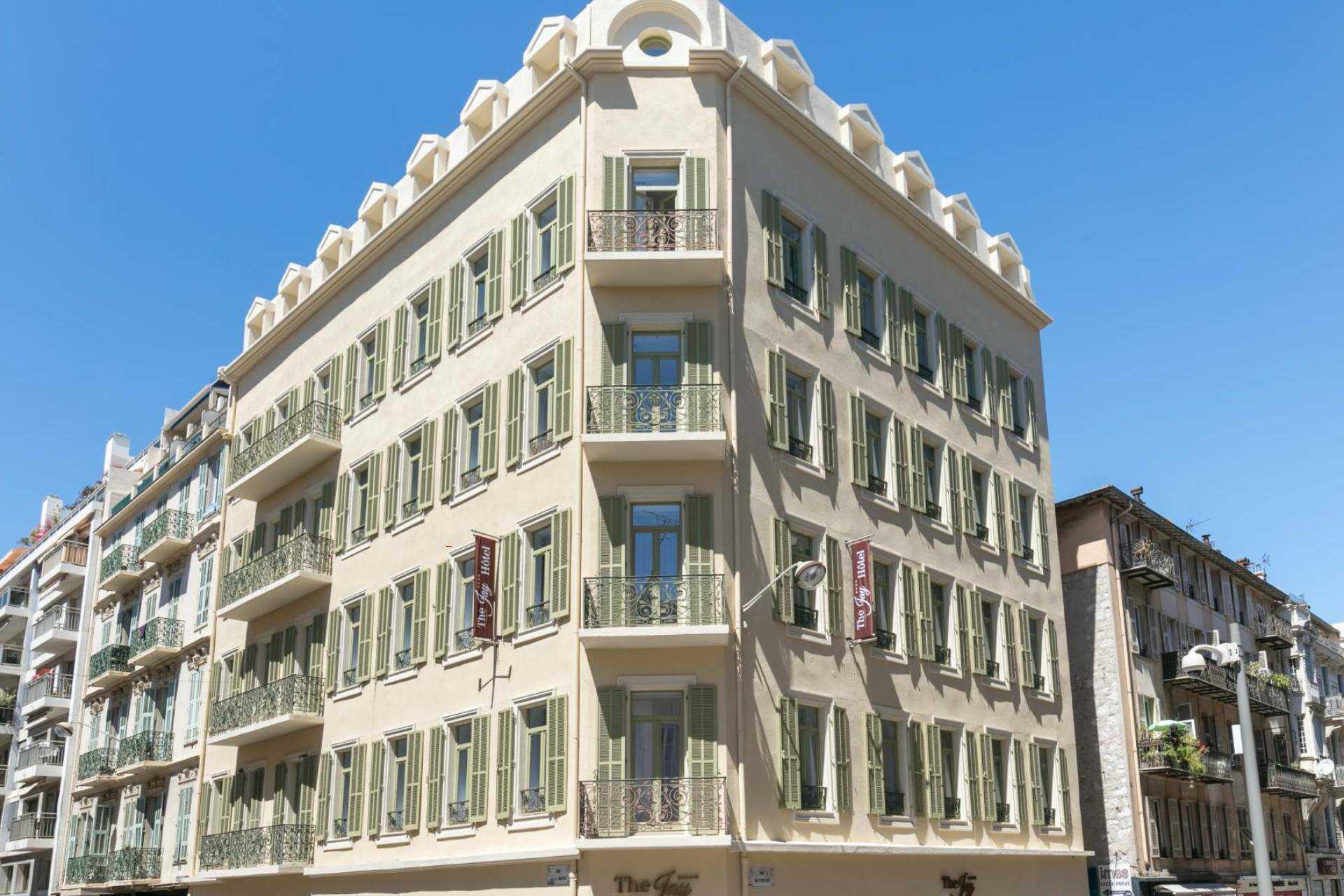 hotel_jay_by_happyculture_facade_nice.jpg